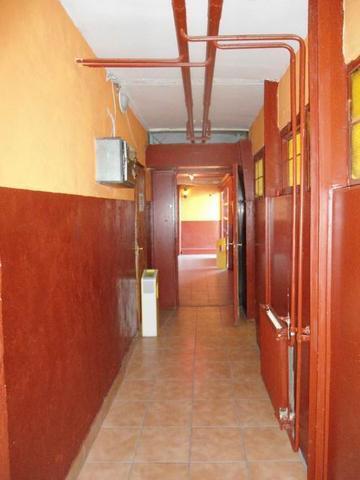 Veszprém belvárosában 85 m2-es földszinti, üvegportálos üzlethelyisé… 2