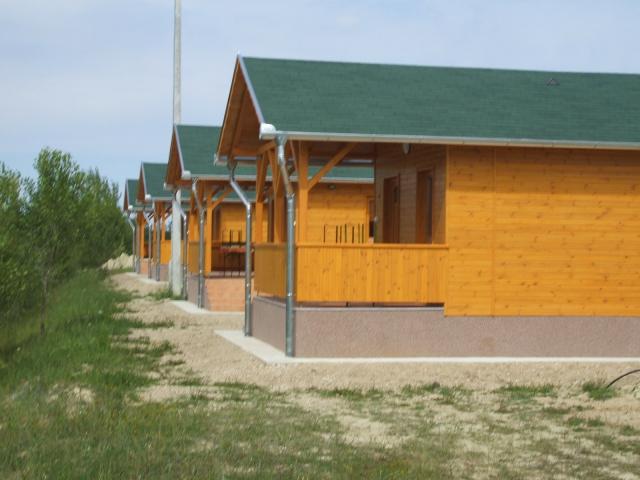 Pápa melletti csendes falu határán 54000 m2-es területen lévő szabad… 5