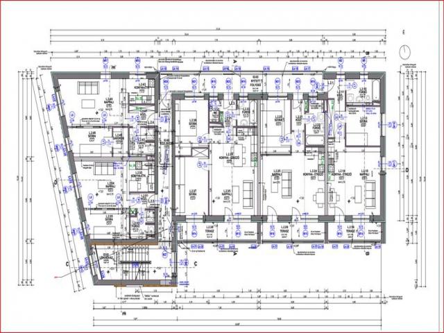 Veszprém belvárosában, 9 lakásos, új építésű társasházban, 2. emelet… 2