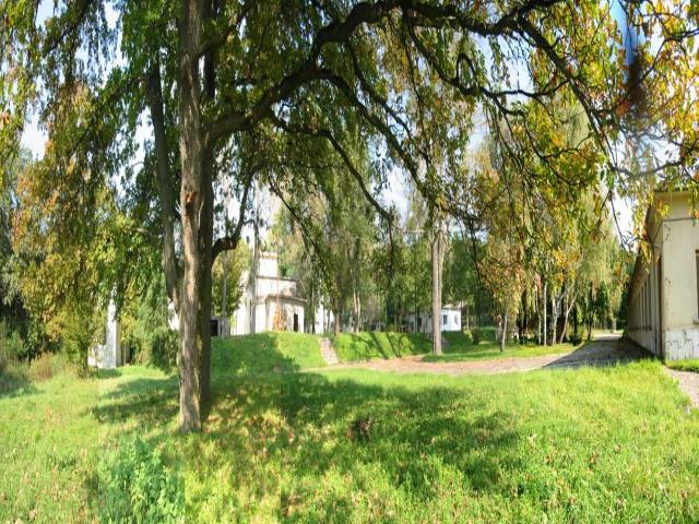 Komárom Esztergom megyében, az Oroszlány-Pusztavám összekötő úton 7 … 7