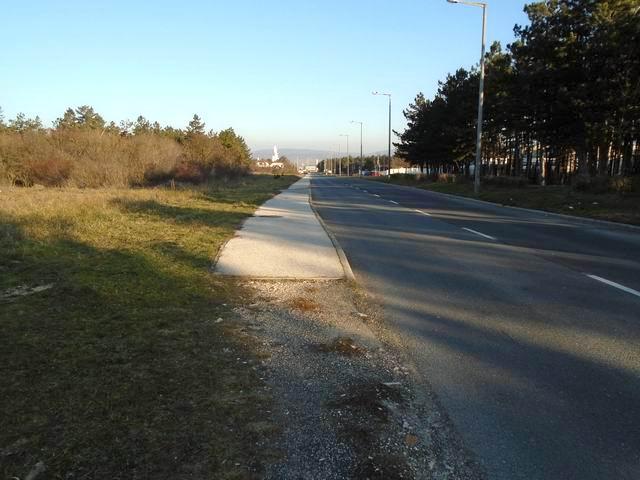 Veszprém északi részén a város kereskedelmi és ipari övezetében talá… 3