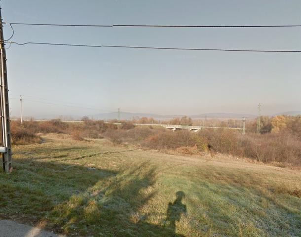 Veszprém-Kádártán, családi házas környezetben, 4 db összközműves épí… 3