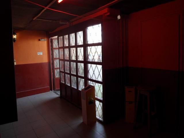 Veszprém belvárosában 85 m2-es földszinti, üvegportálos üzlethelyisé… 4