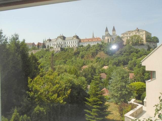 Veszprémben új építésű lakás kulcsrakész állapotban, lakóparkban aug… 7
