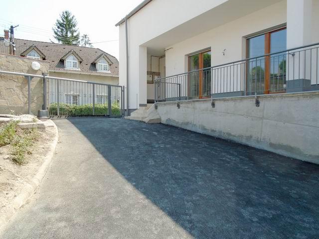 Veszprémben új építésű lakás kulcsrakész állapotban, lakóparkban ela… 2