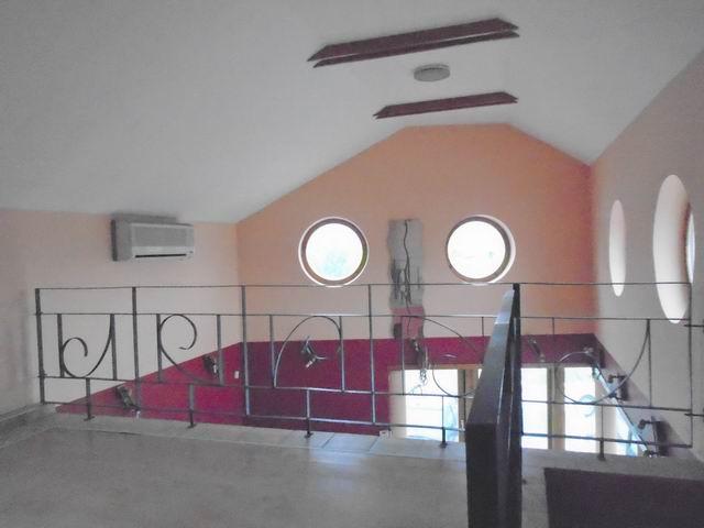 Veszprémben, a Dózsavárosban, forgalmas helyen, 364 m2-es telken, 20… 6
