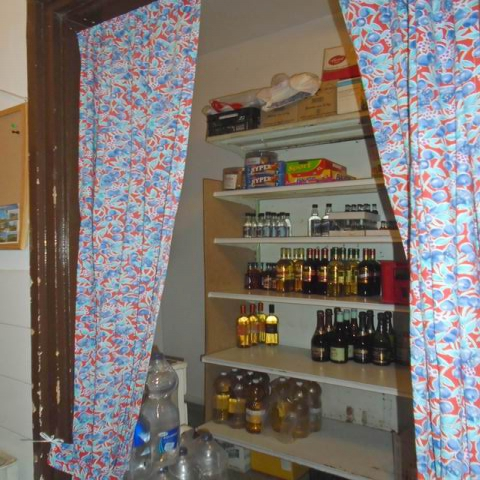 Veszprémben, a Haszkovó úti lakótelepen, 20 éve működő, bejáratott é… 8