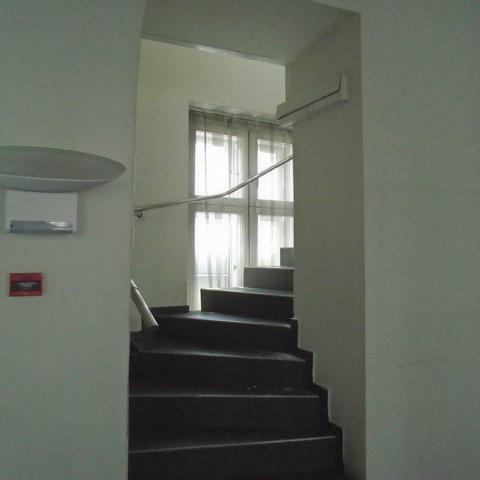 Veszprém abszolút belvárosában, banki és üzleti környezetben, felújí… 5